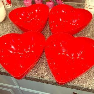 NWT 4 Valentine's Day Bowls